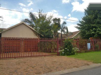 3 Bedroom House for Sale For Sale in Benoni - Home Sell - MR13317