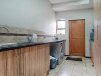 Scullery - 12 square meters of property in Silverwoods Country Estate
