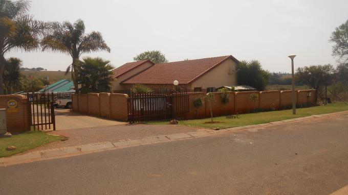 Standard Bank Insolvent 3 Bedroom House for Sale For Sale in Emalahleni (Witbank)  - MR133196