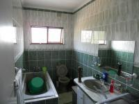 Bathroom 1 - 9 square meters of property in Bellair - DBN
