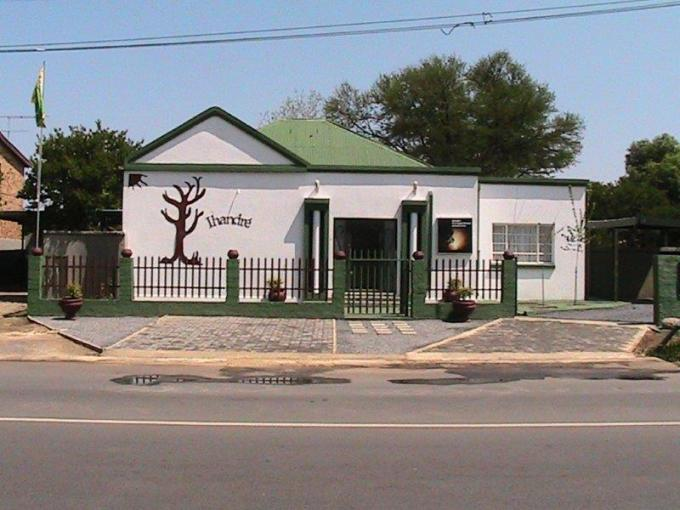 6 Bedroom Guest House for Sale For Sale in Parys - Home Sell - MR133258