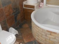Main Bathroom - 8 square meters of property in Middelburg - MP