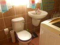 Bathroom 2 - 6 square meters of property in Middelburg - MP