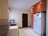 Scullery - 12 square meters of property in Willow Acres Estate