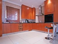 Kitchen - 12 square meters of property in Willow Acres Estate