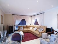 Lounges - 29 square meters of property in Willow Acres Estate