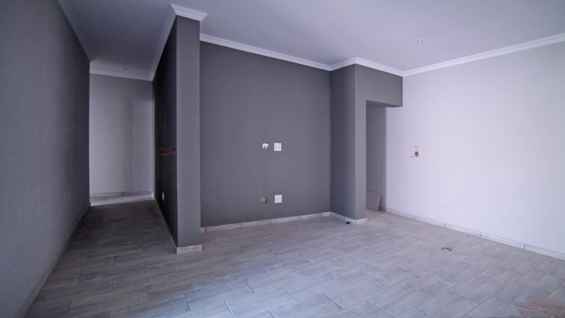 Lounges - 36 square meters of property in Willow Acres Estate