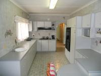 Kitchen - 27 square meters of property in Isipingo Hills