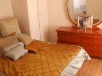 Main Bedroom - 25 square meters of property in The Orchards