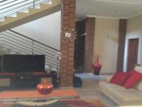 Lounges - 26 square meters of property in Ruimsig