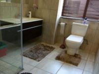 Bathroom 1 - 11 square meters of property in Ruimsig