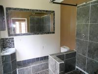 Main Bathroom - 6 square meters of property in Forest Hill