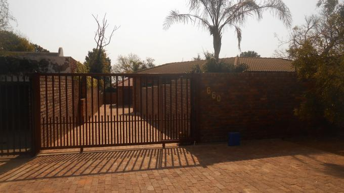 3 Bedroom House for Sale For Sale in Garsfontein - Home Sell - MR133497