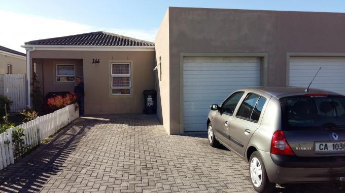 3 Bedroom Cluster for Sale For Sale in Muizenberg   - Home Sell - MR133587