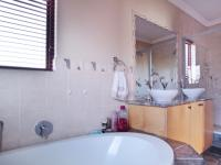 Main Bathroom - 18 square meters of property in Willow Acres Estate