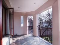 Balcony - 14 square meters of property in Willow Acres Estate