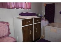 Main Bathroom - 2 square meters of property in Edenburg
