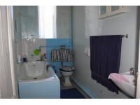 Bathroom 3+ of property in Edenburg