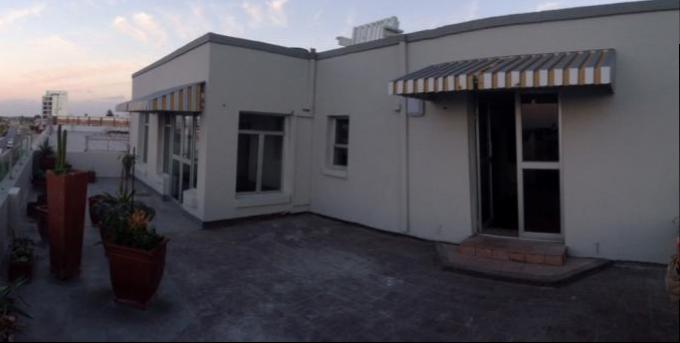 2 Bedroom Sectional Title for Sale For Sale in Summerstrand - Home Sell - MR133636