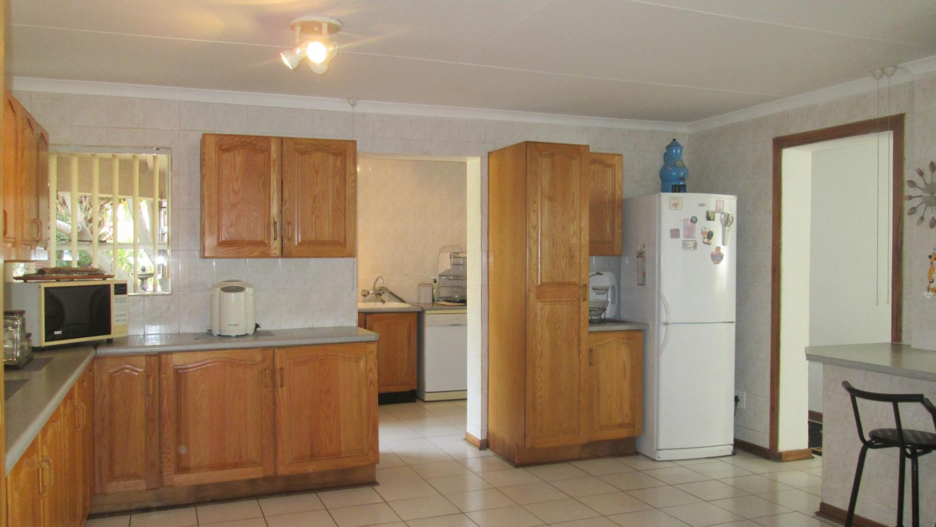 Kitchen - 46 square meters of property in Vereeniging
