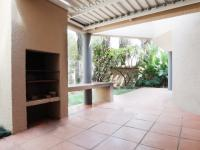 Patio - 40 square meters of property in Equestria