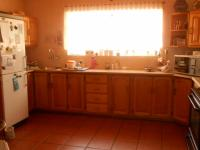 Kitchen - 32 square meters of property in Heatherdale
