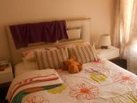 Main Bedroom - 16 square meters of property in Faerie Glen