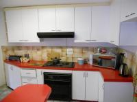Kitchen - 14 square meters of property in Newlands West