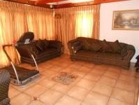 Lounges - 57 square meters of property in Kempton Park