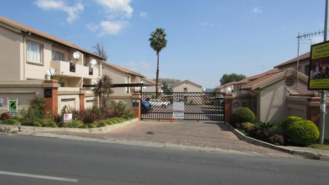 2 Bedroom Apartment for Sale For Sale in Ferndale - JHB - Home Sell - MR133876