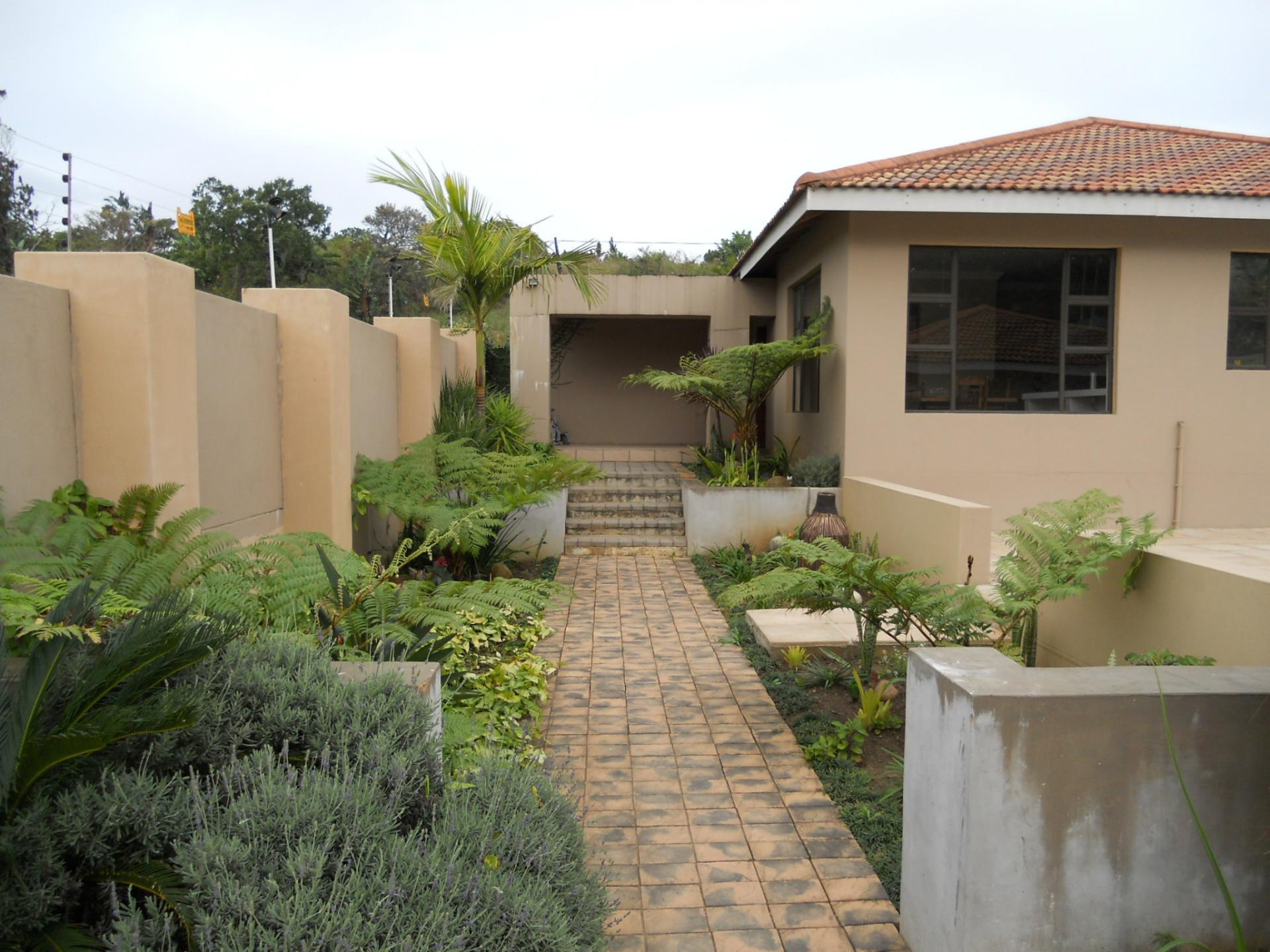Garden of property in Leisure Bay