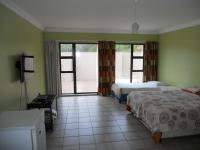 Main Bedroom - 30 square meters of property in Leisure Bay