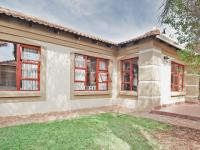 3 Bedroom 2 Bathroom Sec Title for Sale for sale in Equestria