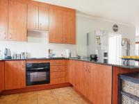 Kitchen - 17 square meters of property in Equestria