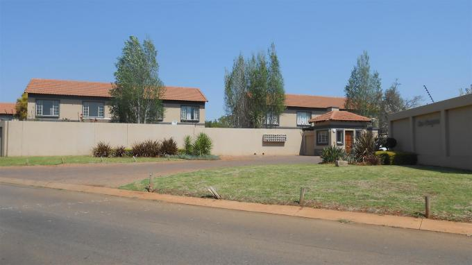 Standard Bank EasySell 3 Bedroom Sectional Title for Sale For Sale in Annlin - MR133957