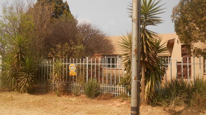 Standard Bank EasySell 3 Bedroom House For Sale in Booysens - MR133961