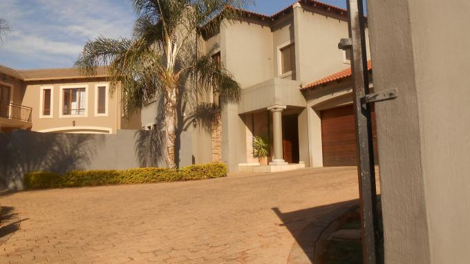 3 Bedroom House for Sale For Sale in Pretorius Park - Home Sell - MR133986