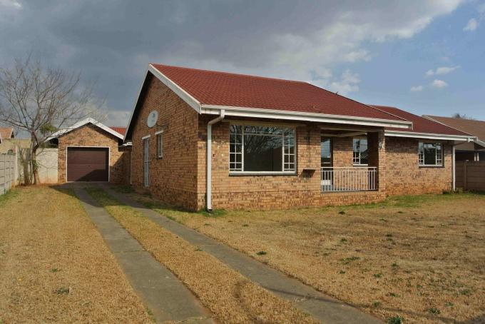 3 Bedroom House For Sale in Vaalpark - Home Sell - MR133997
