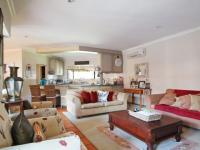 Lounges - 40 square meters of property in Silver Lakes Golf Estate