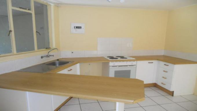 Kitchen - 24 square meters of property in Florida