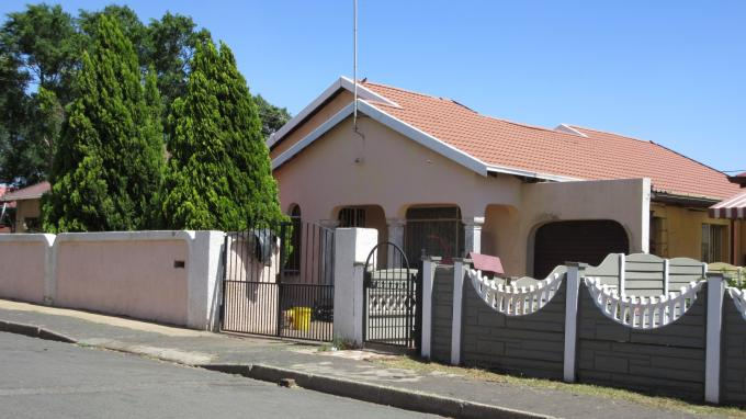 Standard Bank EasySell 4 Bedroom Cluster For Sale in Coronationville - MR134035