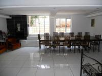 Lounges - 36 square meters of property in Musgrave