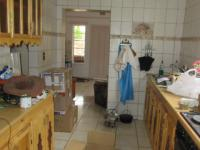 Kitchen - 10 square meters of property in Klerksdorp