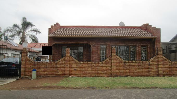 Standard Bank EasySell House For Sale in Eldorado Park A/H - MR134144