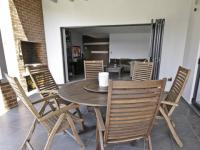 Patio - 23 square meters of property in Willow Acres Estate