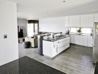 Kitchen - 14 square meters of property in Willow Acres Estate
