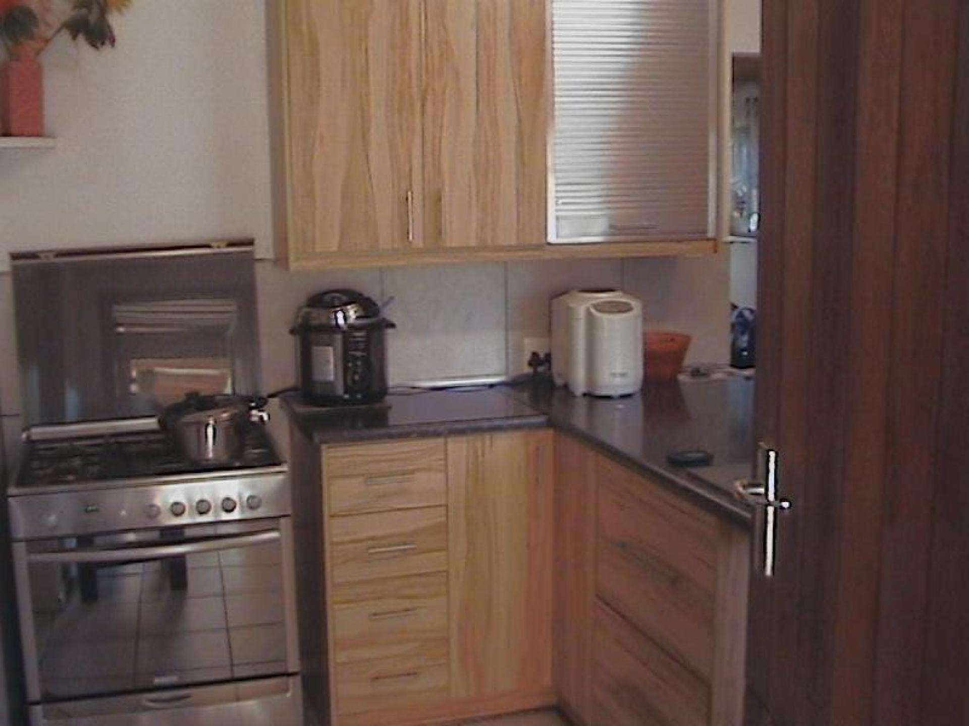 Kitchen - 14 square meters of property in Kei Road