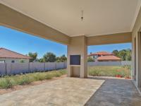 Patio - 39 square meters of property in The Ridge Estate