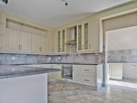 Kitchen - 18 square meters of property in The Ridge Estate