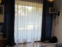 Bed Room 1 - 15 square meters of property in Greenhills